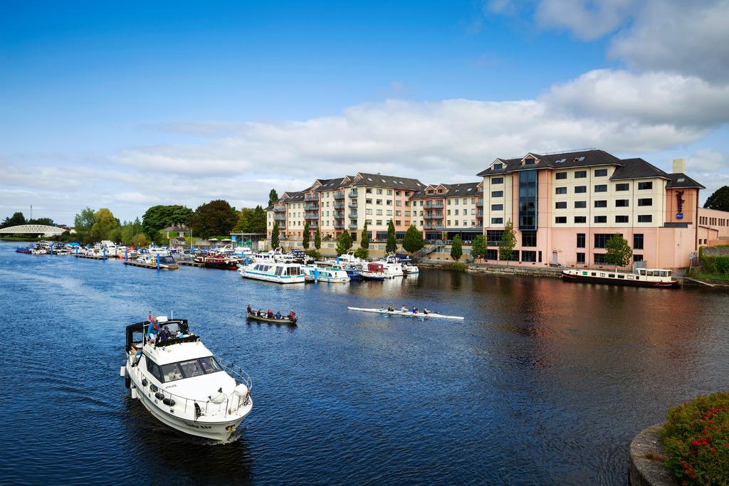 River_Shannon_Athlone